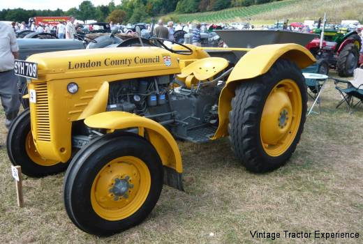 Antique Tractor Horns : Our fleet of ferguson te tractors and implements from